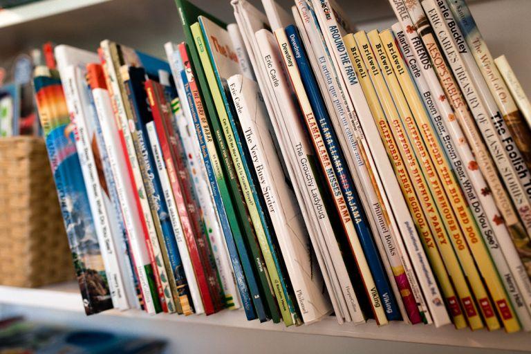 organize your children's books